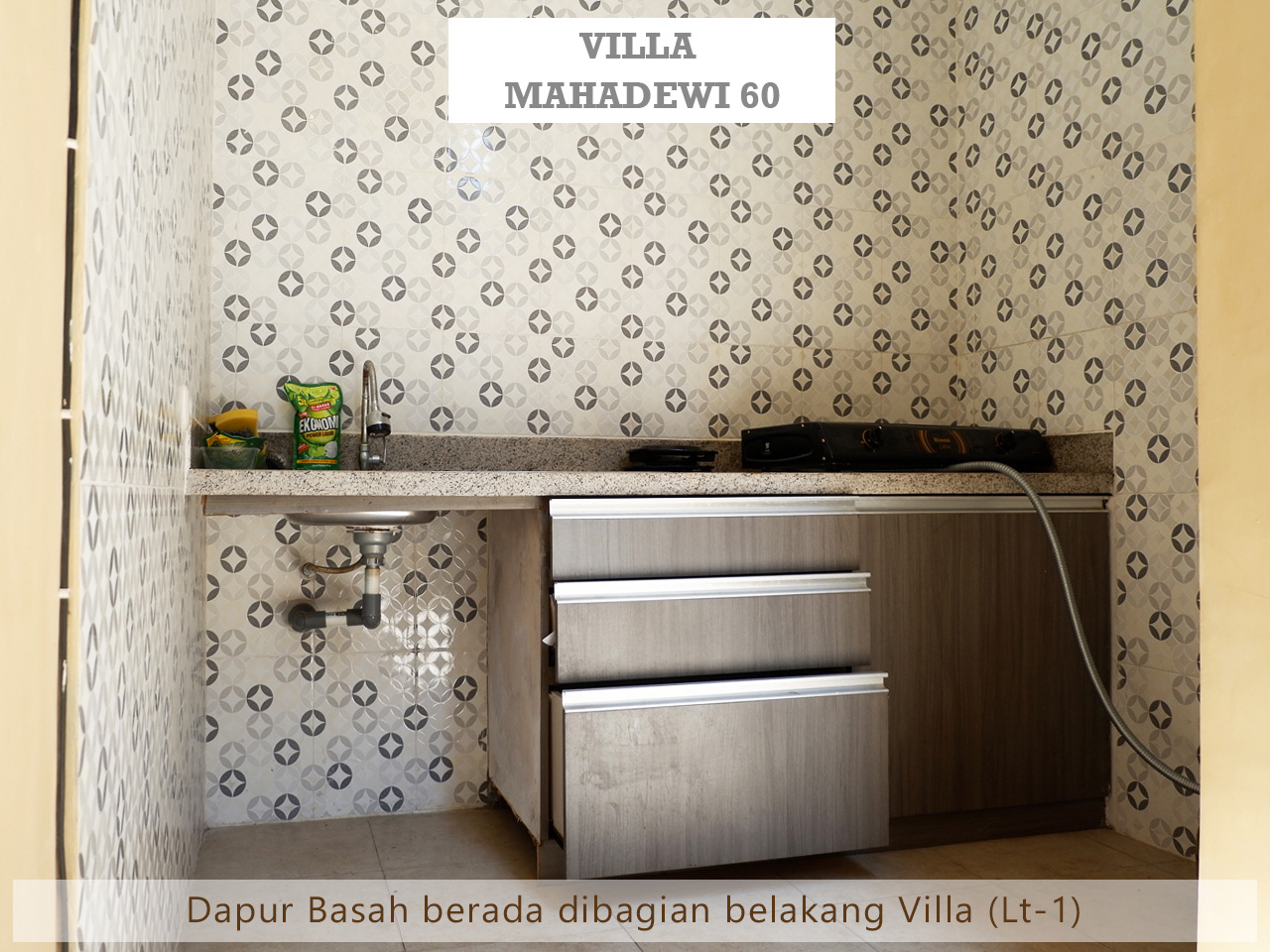 villa swimming pool batu