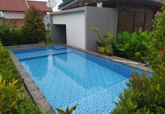 villa selekta kolam renang